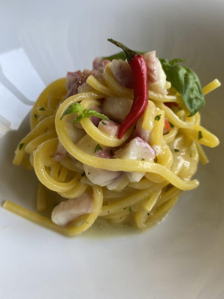 Spaghetto alla chitarra: mangiare pesce a Dorgali al Merula | © Jessica Cani